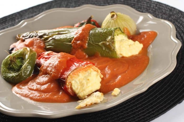PEPPERS WITH EGGS AND CHEESE